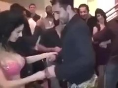 Pakistani girl naked sexy belly dance in party Thumb