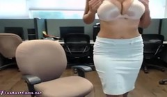 Indian Bhabhi Public Masturbation In order to Orgasm At Work Thumb